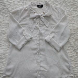 IZ Byer Button Down Blouse w Bow & Cuffed Sleeves